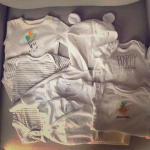 Unisex baby clothes 0-3 months 7 pieces